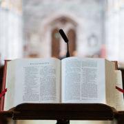 Bijbel, foto: Stephen Radford via Unsplash